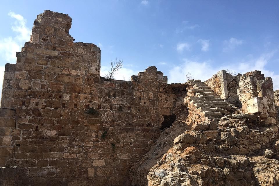 Από τα τείχη της Κυδωνίας
